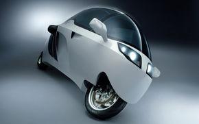 Motocicleta-cabina cu motor BMW