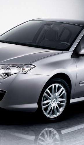 Acesta e noul Renault Laguna!