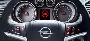 Noul Opel Insignia citeste indicatoarele rutiere