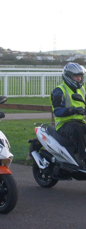 Ultima ora: Permis de conducere pentru scutere?
