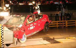 REPORTAJ: Crash-test cu Dacia Sandero la Mioveni