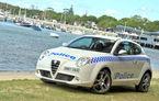 Poliţiştii australieni atrag atenţia tinerilor cu un Alfa Romeo MiTo