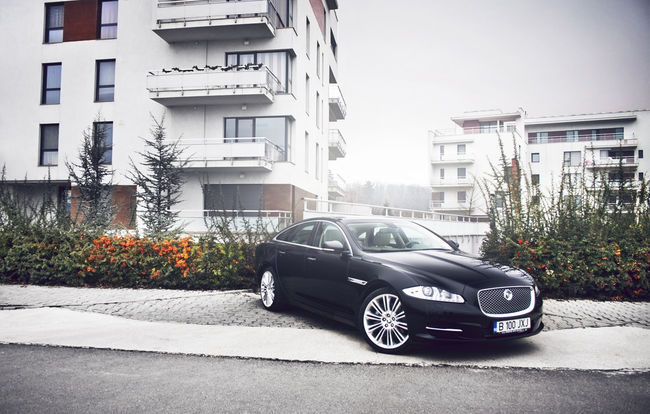 Test drive Jaguar XJ (2009-2015)