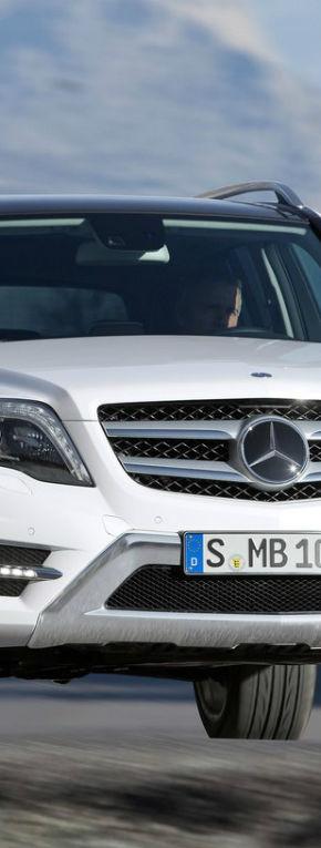 Mercedes-Benz GLK a primit un facelift
