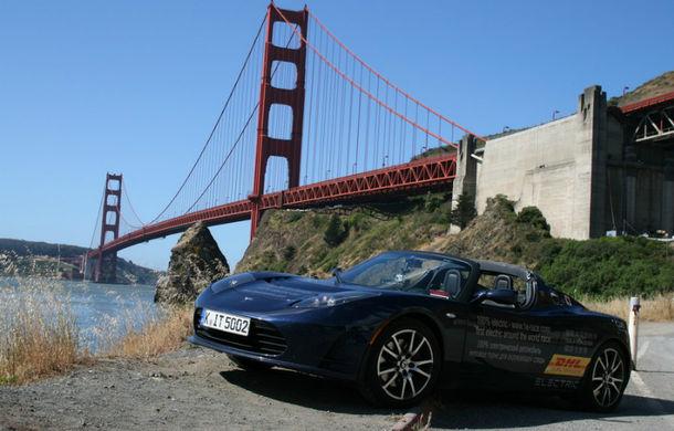 eRace: Două echipe se întrec pentru prima traversare a lumii cu o maşină electrică de serie - Poza 1