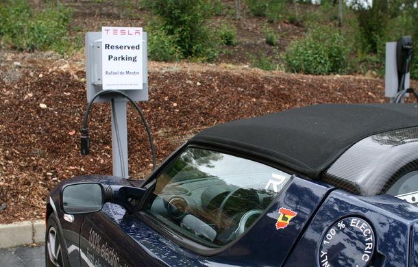 eRace: Două echipe se întrec pentru prima traversare a lumii cu o maşină electrică de serie - Poza 14