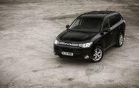 Test drive Mitsubishi  Outlander