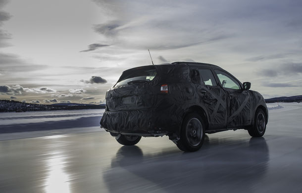 Noul Nissan Qashqai 2, prezentat sub camuflaj în fotografii oficiale - Poza 8
