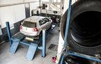 Iarna nu-i ca vara: Automarket şi-a montat anvelopele de sezon