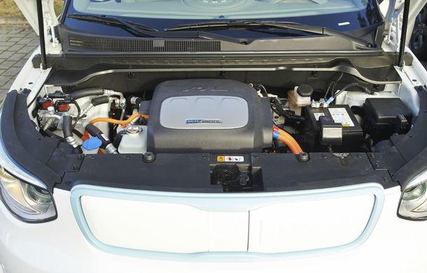 Kia Soul EV: prima electrică de serie a mărcii are 7 ani garanţie şi 200 km autonomie - Poza 12