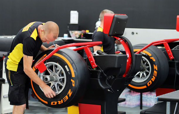 "Pirelli va testa la Silverstone un concept de pneuri cu jante de 18"" - Poza 1"