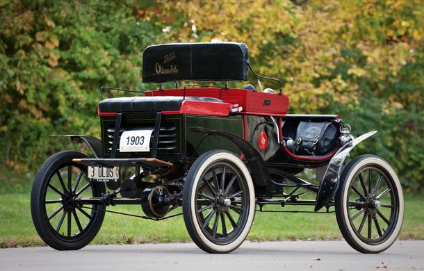 POVEŞTI AUTO: Oldsmobile Curved Dash Runabout - primul automobil de serie din lume - Poza 6