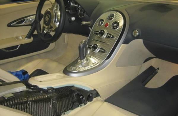 Cel mai ieftin Bugatti Veyron din lume costă 191.000 de euro - Poza 6