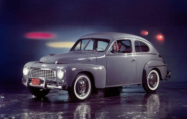 POVEŞTI AUTO: 70 de ani de la primul hit Volvo: PV444 - Poza 5