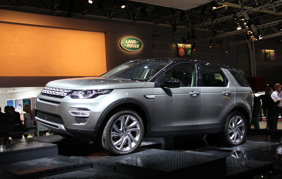 paris 2014 live land rover discovery sport nlocuitorul lui freelander se prezint automarket. Black Bedroom Furniture Sets. Home Design Ideas