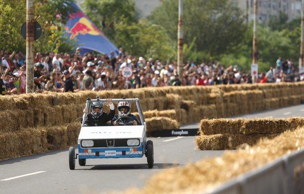 Red Bull Soapbox Race 2014: 51 de echipaje trăznite au luat startul în cursa automobilelor propulsate de gravitaţie - Poza 13