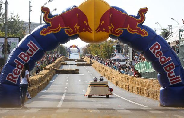 Red Bull Soapbox Race 2014: 51 de echipaje trăznite au luat startul în cursa automobilelor propulsate de gravitaţie - Poza 39