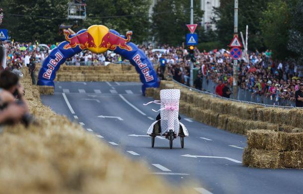 Red Bull Soapbox Race 2014: 51 de echipaje trăznite au luat startul în cursa automobilelor propulsate de gravitaţie - Poza 35