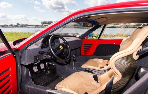 Un Ferrari F40 aparţinând lui Nigel Mansell s-a vândut pentru aproape 700.000 de euro - Poza 10