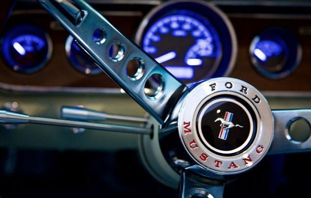 Prima generaţie a lui Ford Mustang reintră în producţie cu tehnologii moderne sub tutela unei alte companii - Poza 6