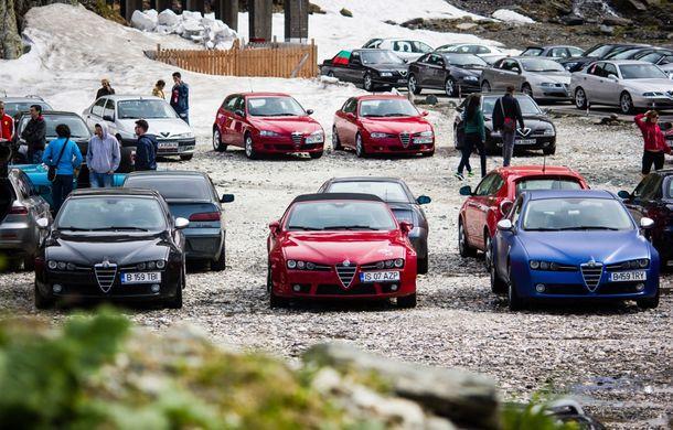 Alfa Fest, întrunirea anuală a pasionaților mărcii italiene, a adunat 100 de mașini pe Transfăgărșan - Poza 9