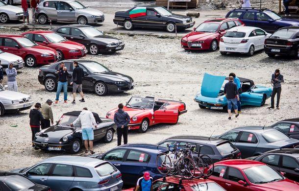 Alfa Fest, întrunirea anuală a pasionaților mărcii italiene, a adunat 100 de mașini pe Transfăgărșan - Poza 10