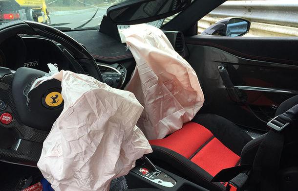 Proiect inedit: cu 4 euro îți poți pune poza în format 1x1 centimetri pe un Ferrari 458 Speciale pentru a ajuta la reparația acestuia - Poza 6