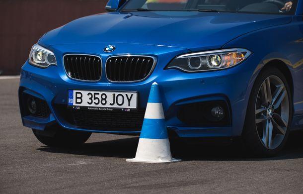 Din nou la școală: cât costă și ce presupune un curs de conducere defensivă Smart Driving - Poza 16