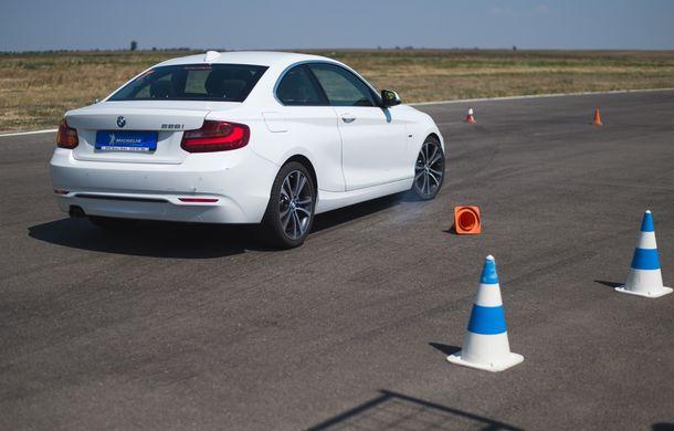 Din nou la școală: cât costă și ce presupune un curs de conducere defensivă Smart Driving - Poza 24