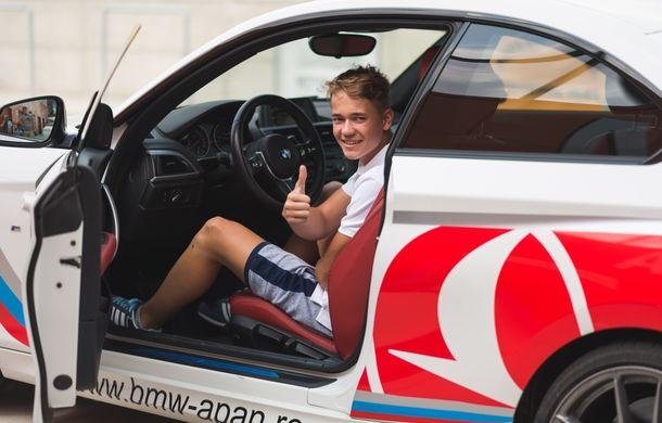 Din nou la școală: cât costă și ce presupune un curs de conducere defensivă Smart Driving - Poza 27