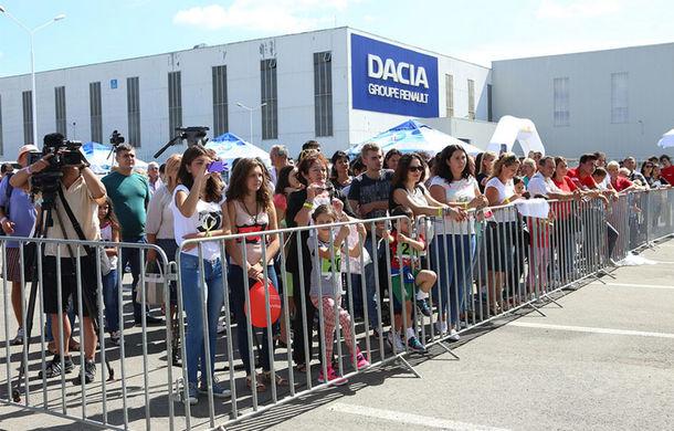 O zi în sânul familiei Dacia - Poza 30