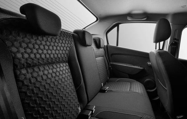 Dacia lansează Logan Prestige, noua echipare de top: climatizare automată, comenzi pe uși, jante de 16 inch și semnalizatoare pe oglinzi - Poza 9