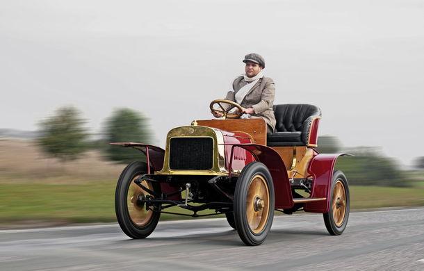Skoda sărbătorește și are de ce: au trecut fix 110 de ani de când au fabricat prima lor mașină - Poza 15