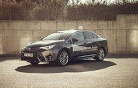 Test drive Toyota Avensis