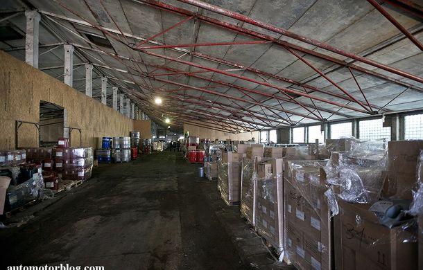 Se întâmplă în Mama Rusie. Fabrică de uleiuri auto contrafăcute cu o rețetă de vis: venituri de 13 milioane de euro pe lună - Poza 9