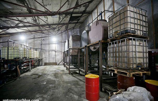 Se întâmplă în Mama Rusie. Fabrică de uleiuri auto contrafăcute cu o rețetă de vis: venituri de 13 milioane de euro pe lună - Poza 6