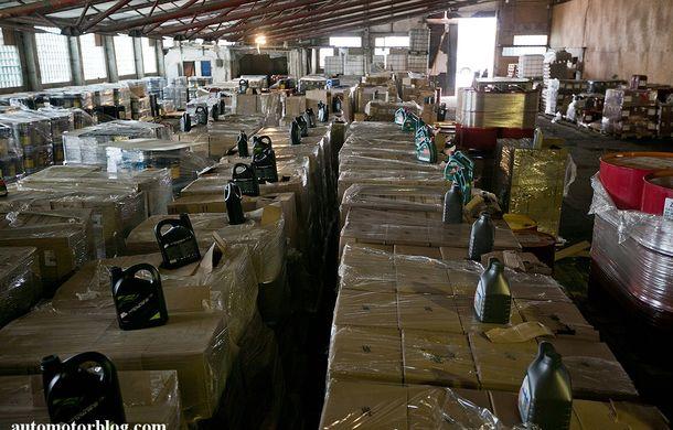 Se întâmplă în Mama Rusie. Fabrică de uleiuri auto contrafăcute cu o rețetă de vis: venituri de 13 milioane de euro pe lună - Poza 4
