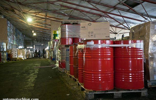 Se întâmplă în Mama Rusie. Fabrică de uleiuri auto contrafăcute cu o rețetă de vis: venituri de 13 milioane de euro pe lună - Poza 8