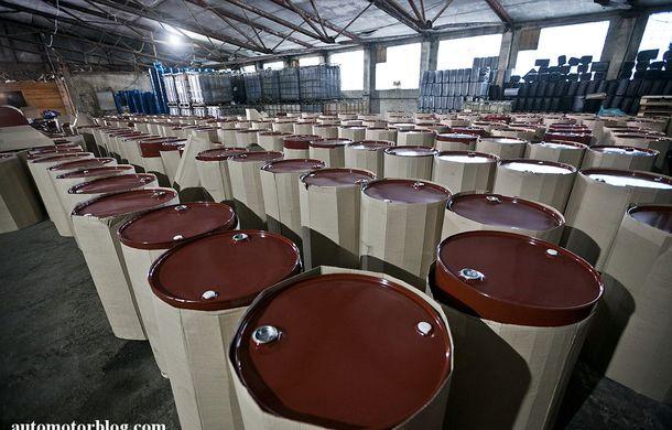 Se întâmplă în Mama Rusie. Fabrică de uleiuri auto contrafăcute cu o rețetă de vis: venituri de 13 milioane de euro pe lună - Poza 14