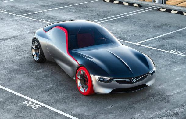 """Se transformă noul Opel GT Concept în model de serie? Opel răspunde: """"E complicat, e un segment de nișă care scade"""" - Poza 1"""