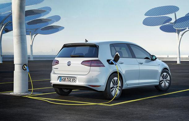 Germania își încordează mușchii eco: propunere de 5000 de euro bonus la achiziția unei mașini electrice - Poza 1