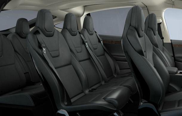 Noi probleme pentru Tesla: toate unităţile Model X fabricate până martie, rechemate în service pentru defecţiuni la al treilea rând de scaune - Poza 2