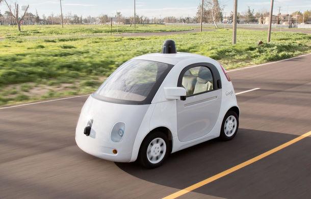 """Jobul de vis? Google angajează """"șoferi"""" în mașinile care se conduc singure - Poza 1"""
