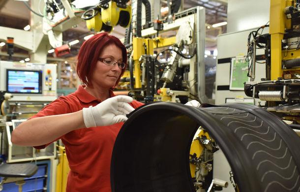 Michelin a lansat noua anvelopă Pilot Sport 4, produsă în Ungaria și instalată pe modelele BMW, Porsche, Volvo și Tesla - Poza 11