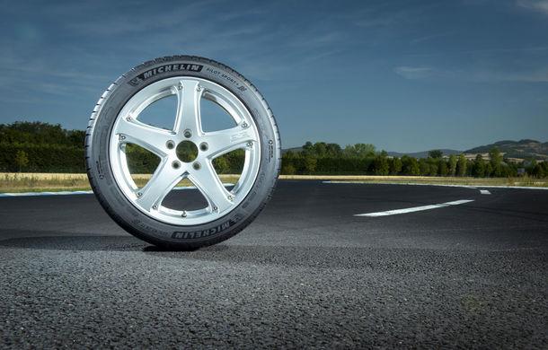 Michelin a lansat noua anvelopă Pilot Sport 4, produsă în Ungaria și instalată pe modelele BMW, Porsche, Volvo și Tesla - Poza 3