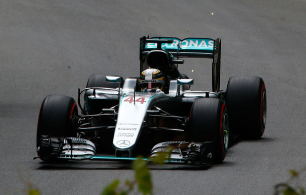 Hamilton, imbatabil în Canada: britanicul a fost cel mai rapid în antrenamentele de vineri - Poza 1