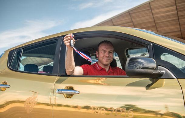 Ai noștri primesc Renault Kadjar, ai lor primesc Nissan Leaf: fiecare englez medaliat cu aur primește o mașină electrică - Poza 2