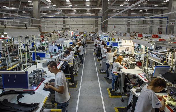 O nouă fabrică auto în România: Faurecia va produce la Râmnicu Vâlcea tapiţerii pentru Peugeot, Renault şi Grupul Volkswagen - Poza 1