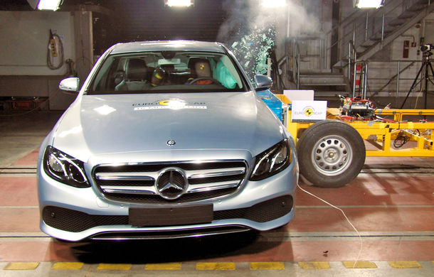 Rezultate EuroNCAP: 5 stele pentru noile Mercedes Clasa E și Peugeot 3008 - Poza 1