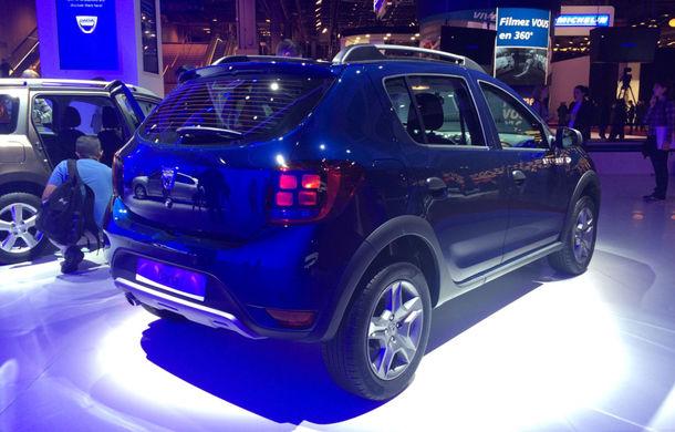PARIS 2016 LIVE: Modelele Dacia au primit o față nouă, lumini LED și claxon pe volan - Poza 6